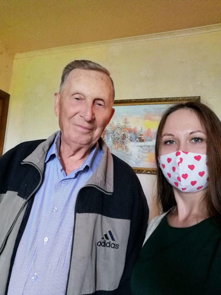 Специалисты Ульяновской областной клинической наркологической больницы поздравили с Великой Победой детей войны