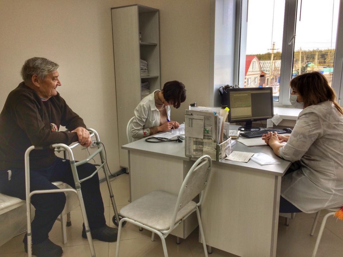 Медицинский психолог Ульяновской областной клинической наркологической больницы Елена Медведчикова провела «Урок здоровья» в Новоспасском технологическом техникуме