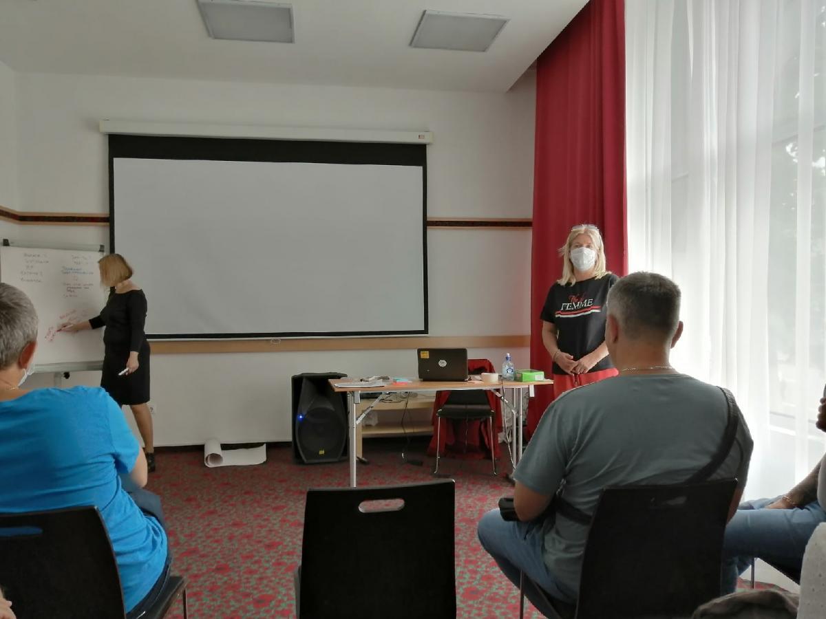 Специалисты Ульяновской областной клинической наркологической больницы прошли обучение по теме «Общие вопросы ВИЧ-инфекции».